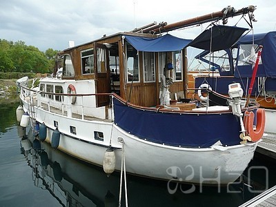 sailing-boats---motor-cruisers---motor-sailer for sale