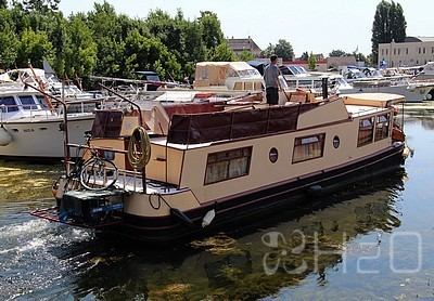 barge---motor-cruisers for sale
