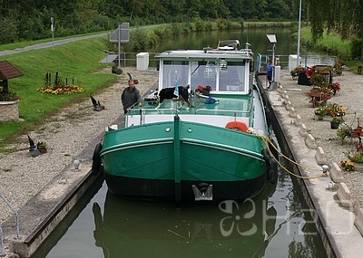 Barge Oude Pekela NL for sale
