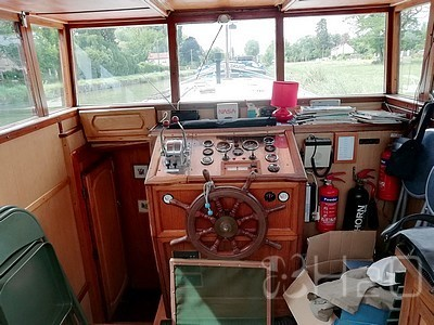 Barge R and Boatbuilder for sale